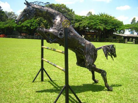 Salto em Liberdade II Ze Vasconcellos Metal Sculptures - Ze Vasconcellos Metal Sculptures - Metal Sculptures - Campinas - São Paulo - Brasil - 1