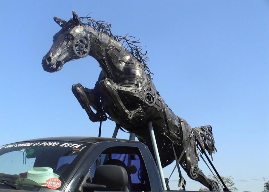 Salto em Liberdade II - Ze Vasconcellos Metal SculpturesZe Vasconcellos Metal Sculptures - Metal Sculptures - Campinas - São Paulo - Brasil Esculturas em Metal, Metal Sculptures, Cavalo Metal, Horse Metal, Art Metal, Ze Vasconcellos Metal Sculptures