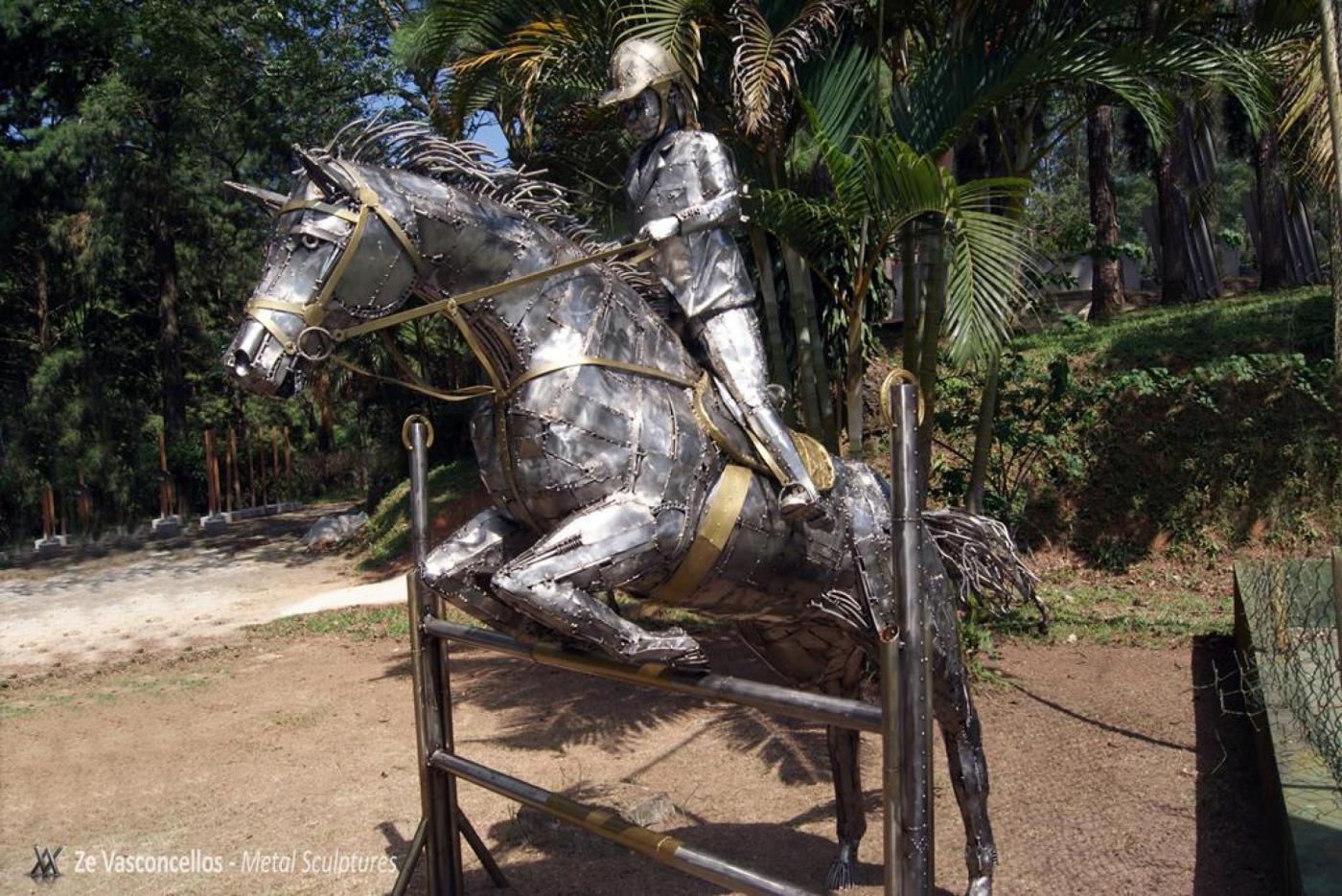 Hipismo-Jumping Horse - Stailess Steel SculpturesZe Vasconcellos Metal Sculptures - Metal Sculptures - Campinas - São Paulo - Brasil Esculturas em Metal, Metal Sculptures, Cavalo Metal, Horse Metal, Art Metal, Ze Vasconcellos Metal Sculptures