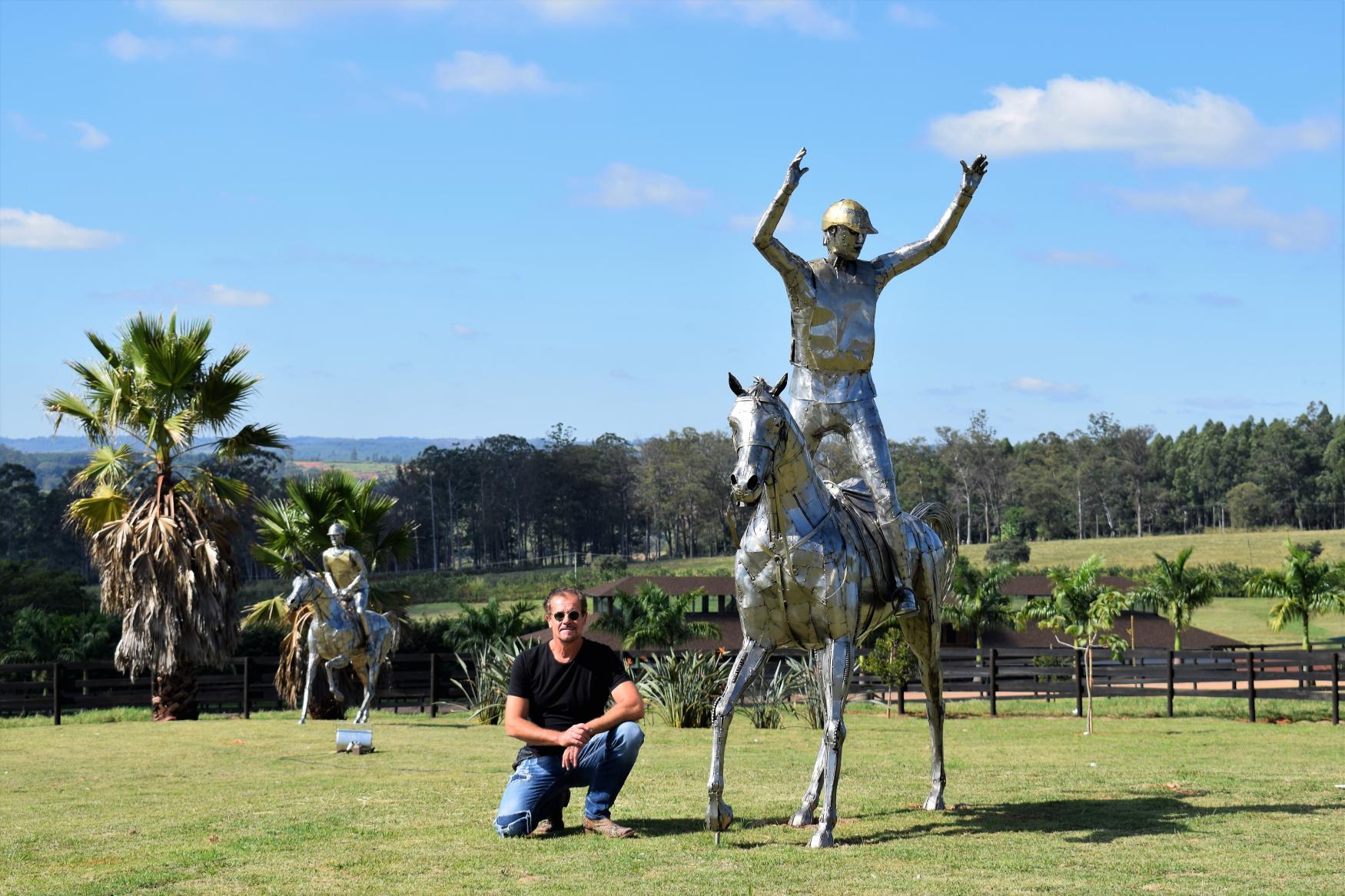 Esculturas em aço inox -  Enduro EquestreZe Vasconcellos Metal Sculptures - Metal Sculptures - Campinas - São Paulo - Brasil endurance, enduro equestre, metal scupture, metal arte,  cavalos , horse, esculturas em metal, stainless steel ,