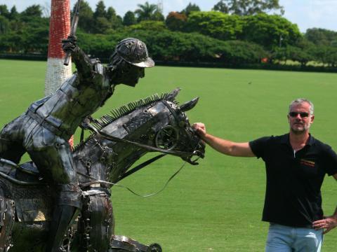 Pólo - À VENDA Ze Vasconcellos Metal Sculptures - Ze Vasconcellos Metal Sculptures - Metal Sculptures - Campinas - São Paulo - Brasil - 3
