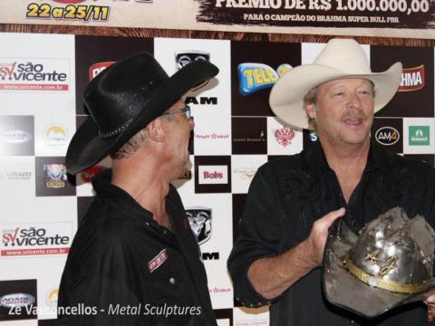 Chapéu em Inox para Alan Jackson Ze Vasconcellos Metal Sculptures - Ze Vasconcellos Metal Sculptures - Metal Sculptures - Campinas - São Paulo - Brasil - 5