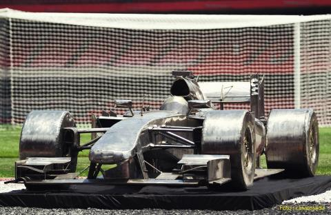 Escultura Fórmula um em Aço Inox - Ze Vasconcellos Metal Sculptures - Metal Sculptures - Campinas - São Paulo - Brasil - 4