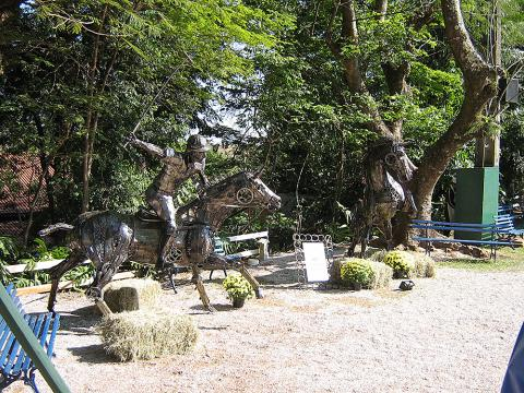 Exposição Hípica – Campinas 2008 Metal Sulpture, Sculpture Steel, Escultura em Meta, Horse Metal, Ze Vasconcellos - Ze Vasconcellos Metal Sculptures - Metal Sculptures - Campinas - São Paulo - Brasil - 4