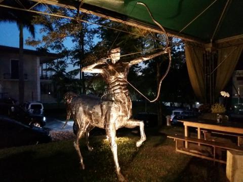 Ze Vasconcellos homenagea Usain Bolt - Escultura CENTAURO estará no Rio 2016 Ze Vasconcellos Metal Sculptures - Ze Vasconcellos Metal Sculptures - Metal Sculptures - Campinas - São Paulo - Brasil - 3